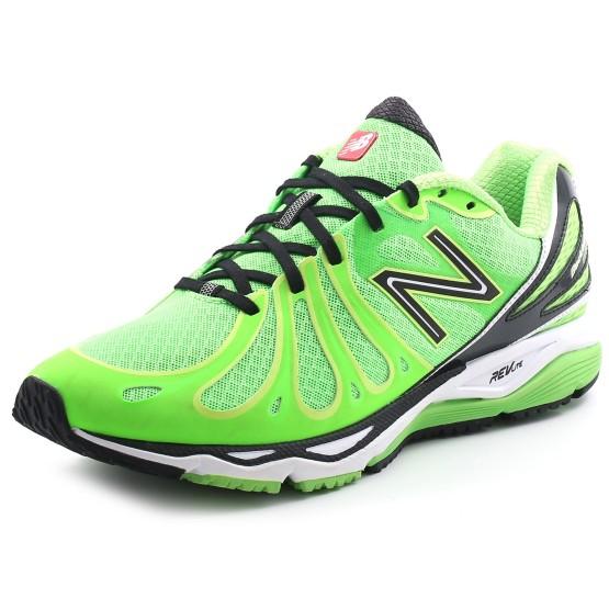 נעלי הליכה ניו באלאנס לגברים New Balance M890 V3 - ירוק