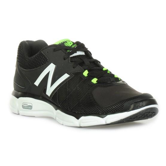 מוצרי ניו באלאנס לגברים New Balance MX813 V3 - שחור