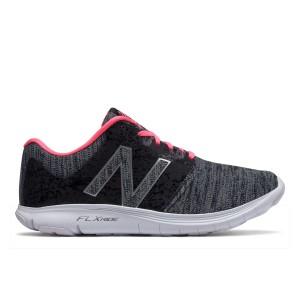 נעליים ניו באלאנס לנשים New Balance W530 V2 - שחור/אפור