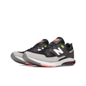 נעלי הליכה ניו באלאנס לגברים New Balance MVL530 - שחור/אפור