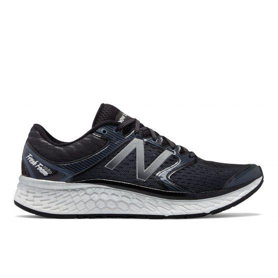 נעלי ריצה ניו באלאנס לגברים New Balance M1080 V7 - שחור
