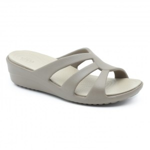 מוצרי Crocs לנשים Crocs Sanrah Strappy Wedge - בז'
