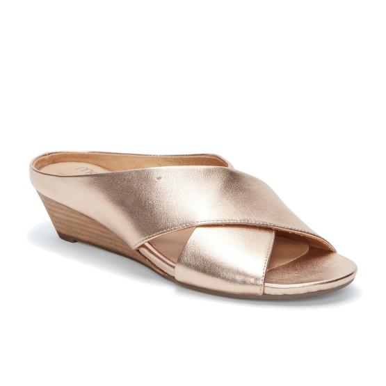 נעליים אלגנטיות Me Too לנשים Me Too Sandi - זהב