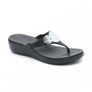 מוצרי Crocs לנשים Crocs Sanrah Embellished Wedge Flip - שחור