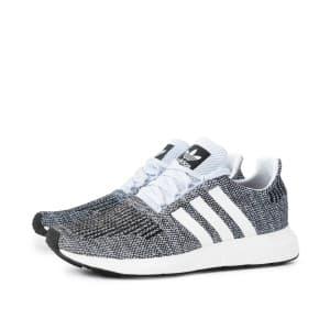 נעלי הליכה Adidas Originals לגברים Adidas Originals SWIFT RUN - אפור/לבן