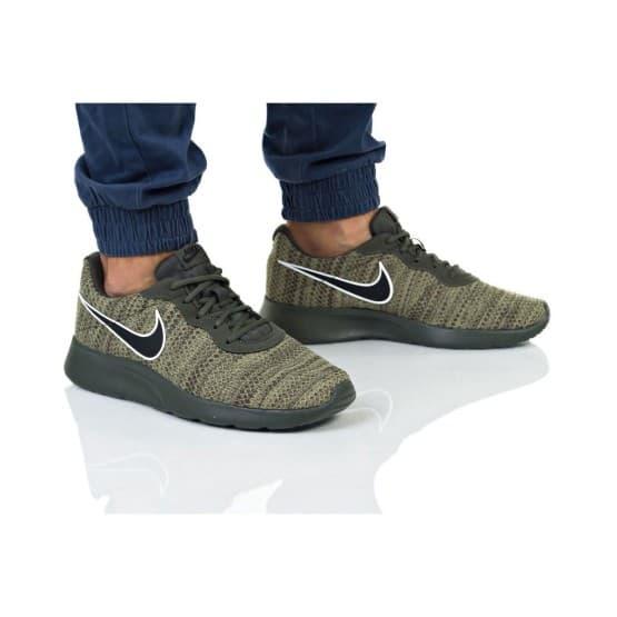 נעליים נייק לגברים Nike Tanjun Prem - ירוק