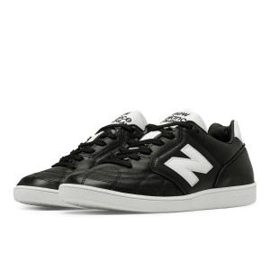 מוצרי ניו באלאנס לגברים New Balance EPICTR - שחור/לבן