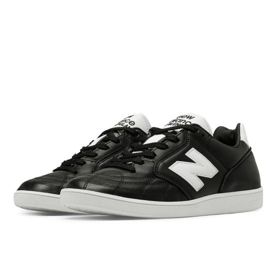 נעליים ניו באלאנס לגברים New Balance EPICTR - שחור/לבן