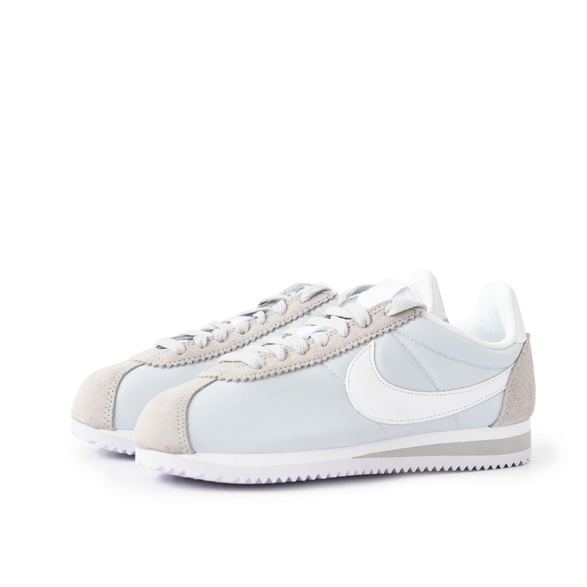 מדהים נעלי סניקרס נייק לנשים, Nike CLASSIC CORTEZ NYLON - משלוח והחזרה FY-74