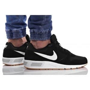 נעלי הליכה נייק לגברים Nike NIGHTGAZER - שחור