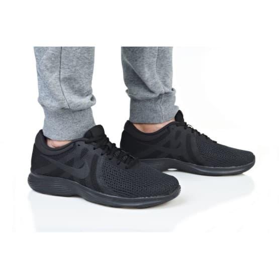 נעליים נייק לגברים Nike REVOLUTION 4 EU - שחור מלא