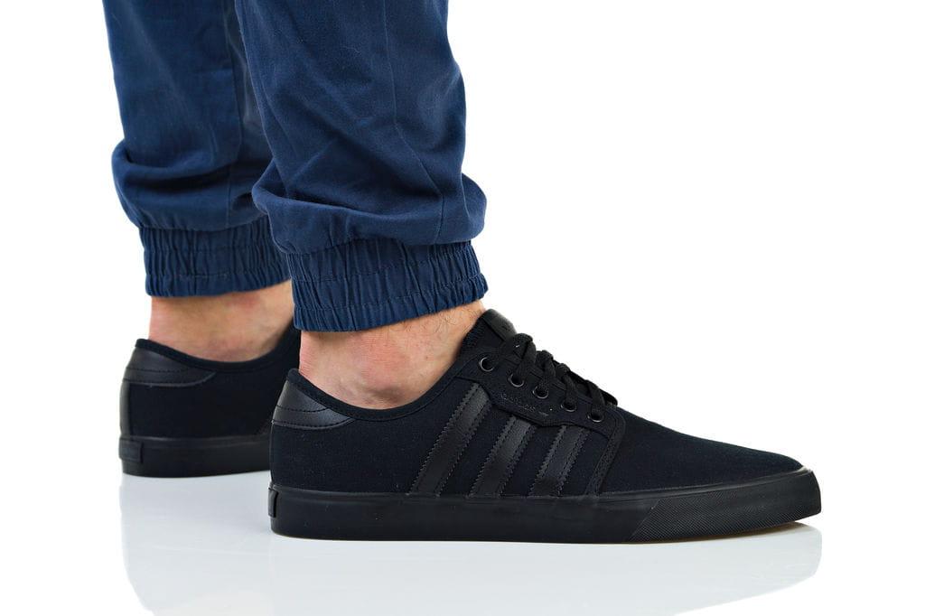 נעלי סניקרס אדידס לגברים Adidas Originals SEELEY - שחור מלא