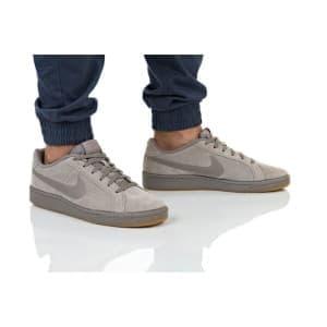 נעלי הליכה נייק לגברים Nike COURT ROYALE SUEDE - בז'