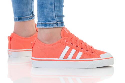 נעלי הליכה Adidas Originals לנשים Adidas Originals NIZZA - אפרסק
