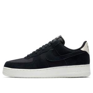 נעליים נייק לגברים Nike Air Force 1 07 - שחור
