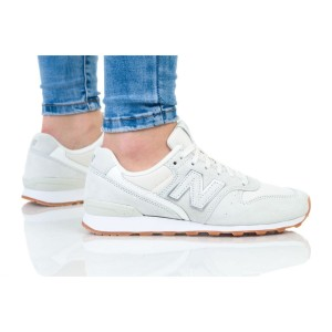 נעליים ניו באלאנס לנשים New Balance WR996 - לבן
