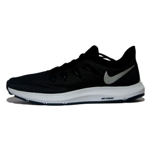 נעליים נייק לגברים Nike Quest - שחור/לבן