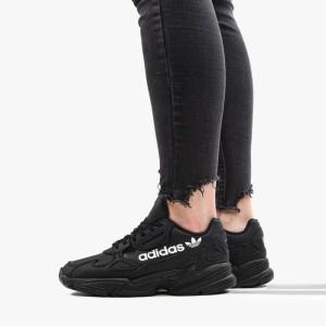 נעליים Adidas Originals לנשים Adidas Originals Falcon - שחור הדפס