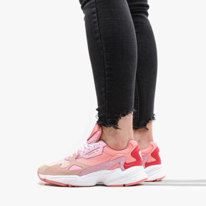 נעליים Adidas Originals לנשים Adidas Originals Falcon - ורוד בהיר