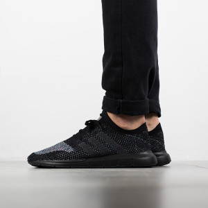 נעליים Adidas Originals לגברים Adidas Originals Swift Run Primeknit - שחור/אפור