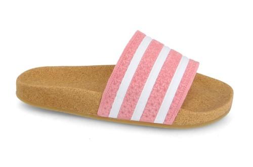 כפכפים Adidas Originals לנשים Adidas Originals Klapki Adilette Cork - ורוד