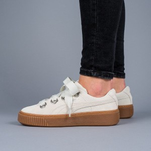 נעליים פומה לנשים PUMA Platform Kiss Suede - לבן