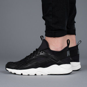נעליים נייק לגברים Nike Air Huarache Run Ultra Se - שחור