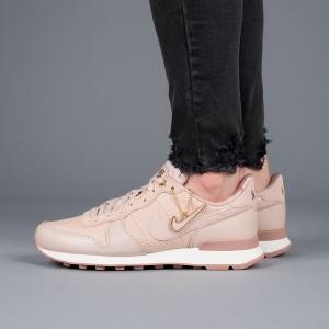 נעליים נייק לנשים Nike Internationalist Premium - ורוד