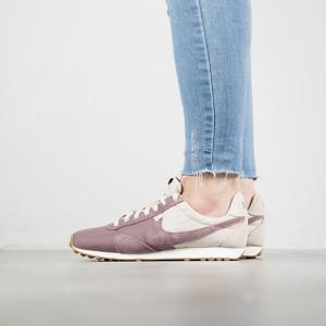 נעליים נייק לנשים Nike Montreal Racer Vintage - ורוד
