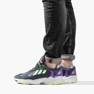 נעליים Adidas Originals לנשים Adidas Originals Yung-1 - שחור/סגול