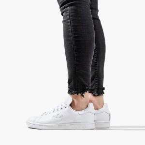 נעליים Adidas Originals לנשים Adidas Originals Stan Smith - לבן מלא