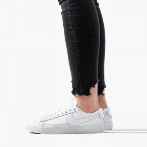 נעלי סניקרס נייק לנשים Nike Blazer Low - לבן מלא