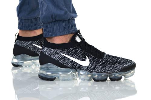 נעליים נייק לגברים Nike Air Vapormax Flyknit - אפור/לבן