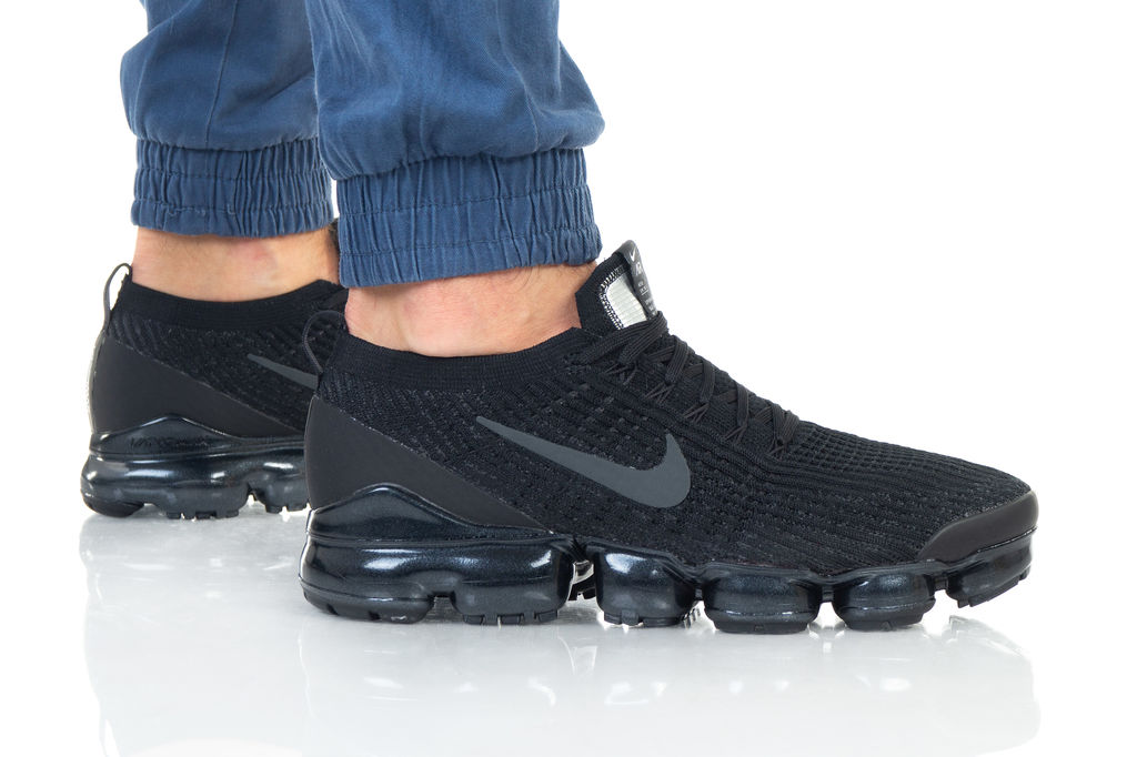 נעליים נייק לגברים Nike Air Vapormax Flyknit - שחור