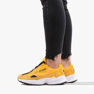 נעליים Adidas Originals לנשים Adidas Originals Falcon - צהוב