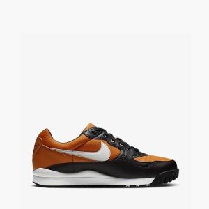 נעליים נייק לגברים Nike Air Wildwood ACG - שחור/כתום