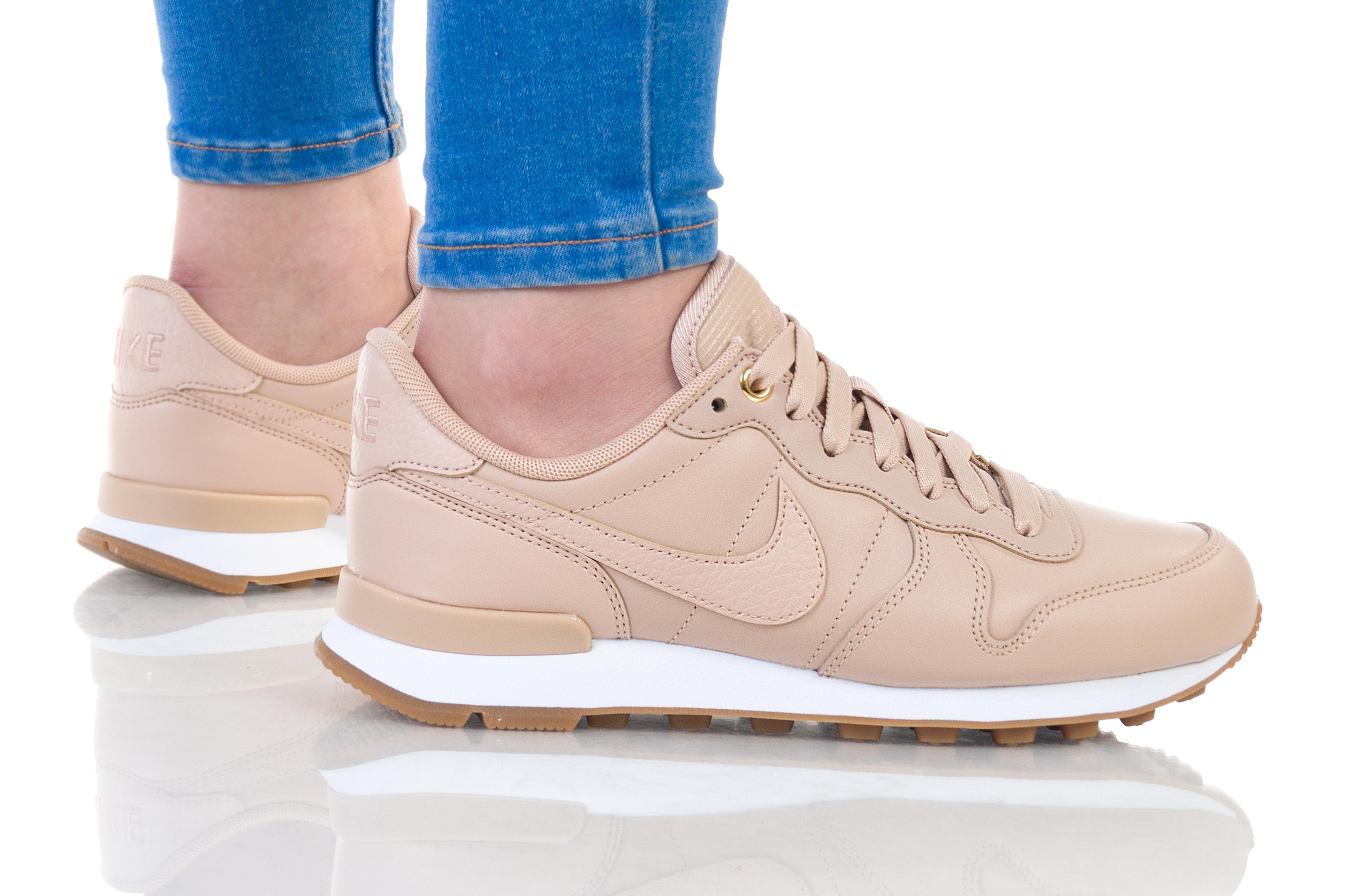 נעליים נייק לנשים Nike W INTERNATIONALIST PRM - בז'