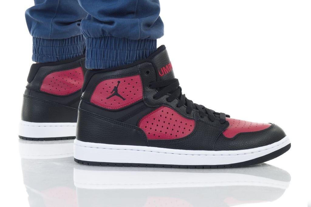 נעליים נייק לגברים Nike JORDAN ACCESS - אדום