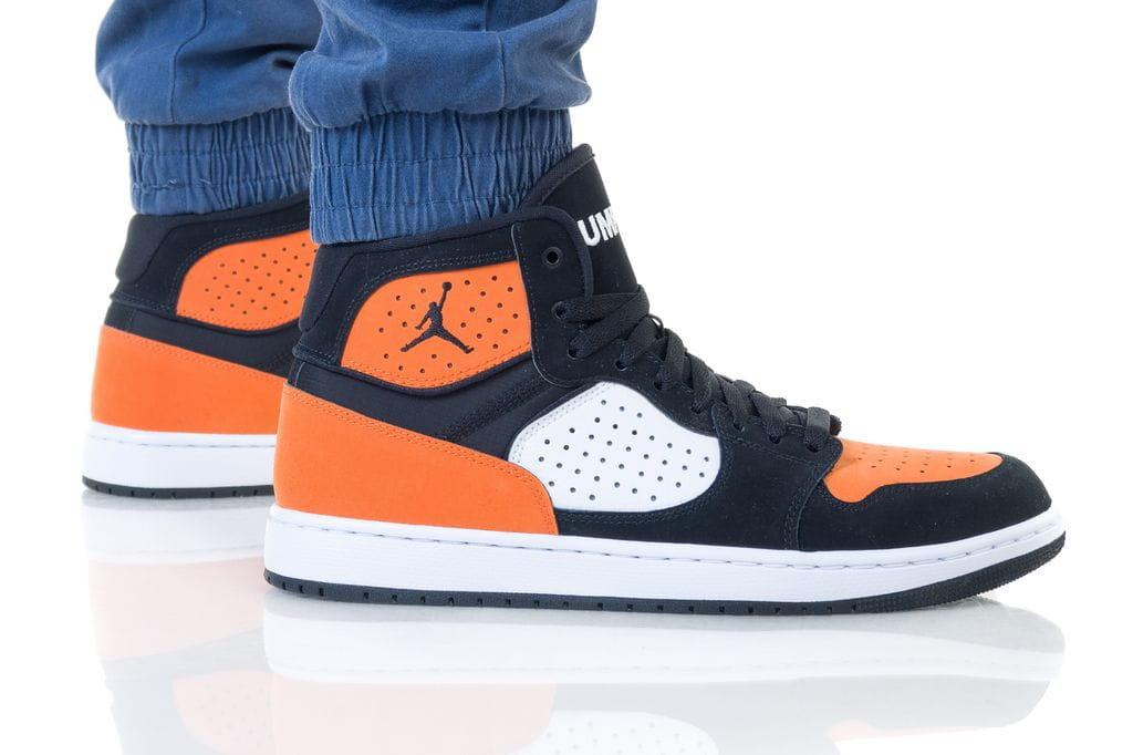 נעליים נייק לגברים Nike JORDAN ACCESS - שחור/כתום