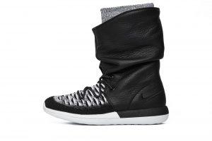 נעליים נייק לנשים Nike Wmns Roshe Two Hi Flyknit - שחור