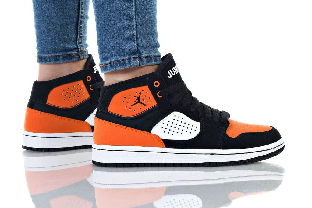 נעליים נייק לנשים Nike JORDAN ACCESS - שחור/כתום