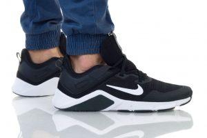 נעליים נייק לגברים Nike LEGEND ESSENTIAL - שחור/לבן