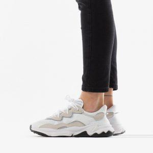 נעליים Adidas Originals לנשים Adidas Originals Ozweego - לבן/אפור
