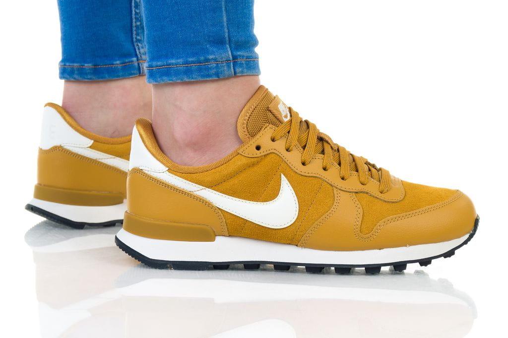 נעליים נייק לנשים Nike Internationalist  - צהוב