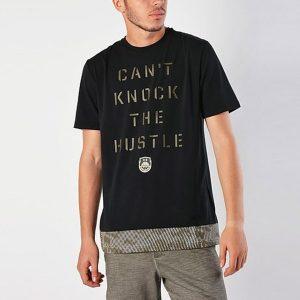 ביגוד אנדר ארמור לגברים Under Armour  BBall Knock The Hustle - שחור