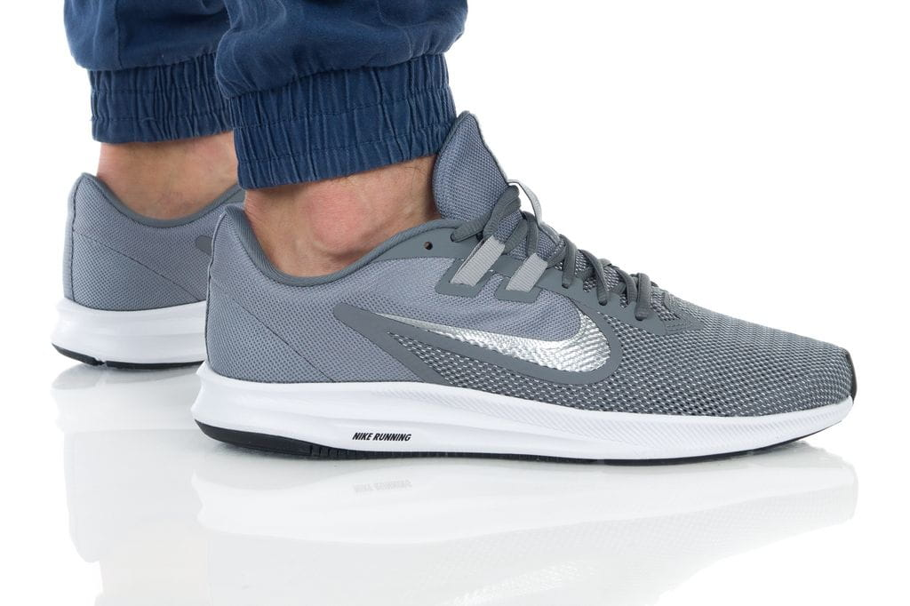 נעליים נייק לגברים Nike DOWNSHIFTER 9 - אפור