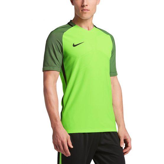 ביגוד נייק לגברים Nike Strike Top SS - ירוק