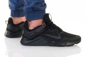נעליים נייק לגברים Nike LEGEND ESSENTIAL - שחור