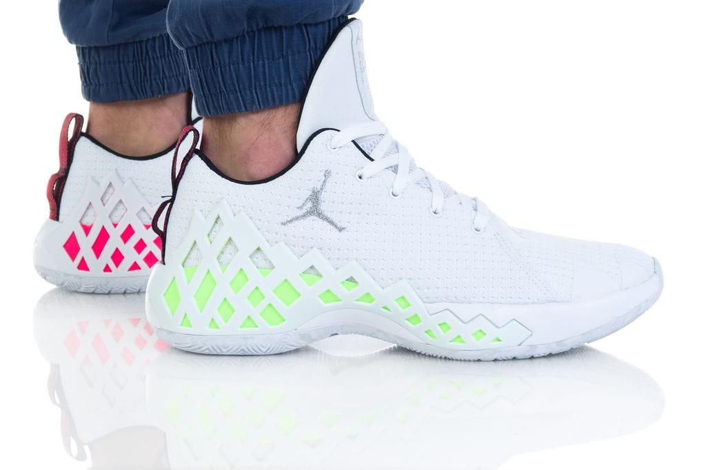 נעליים נייק לגברים Nike JUMPMAN DIAMOND - לבן