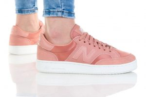 נעלי סניקרס ניו באלאנס לנשים New Balance Pro Court - ורוד